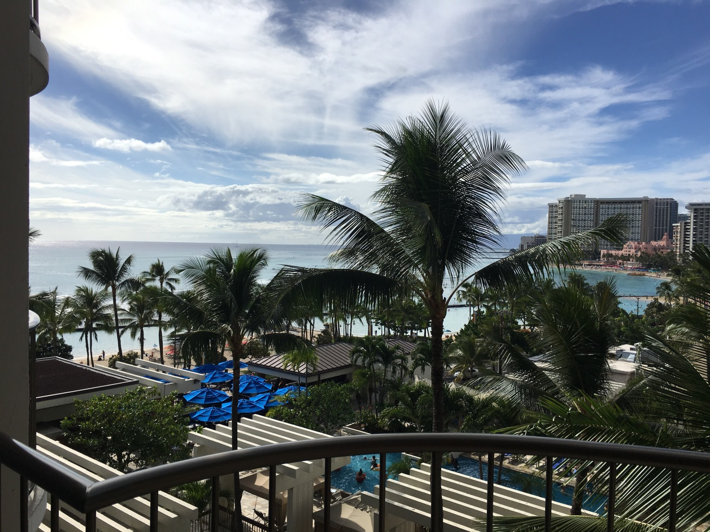 Oceanview room, Marriott Resort and Spa, Waikiki Beach, Honolulu, Oahu, Hawaii